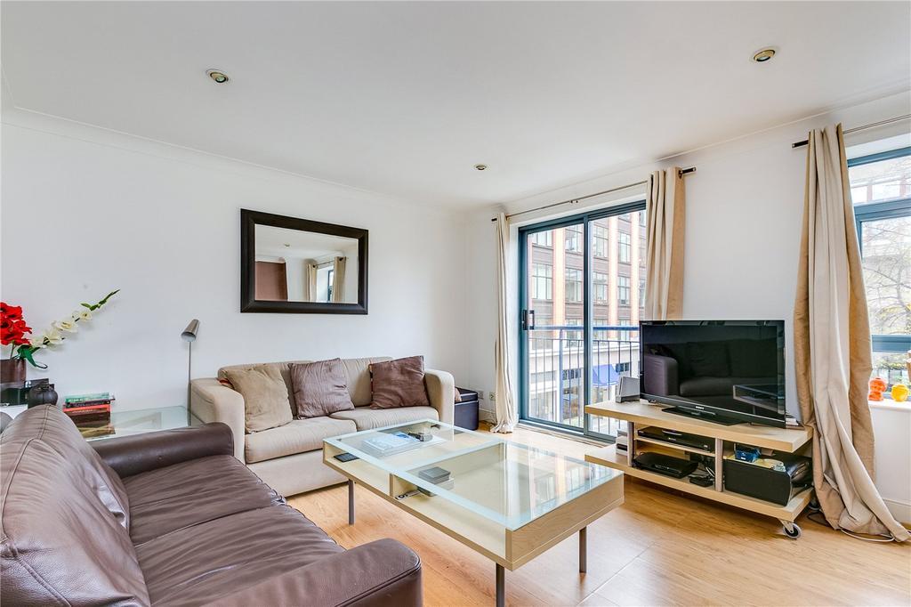 2 Bedrooms Flat for rent in Bridgewater Square, Barbican, London