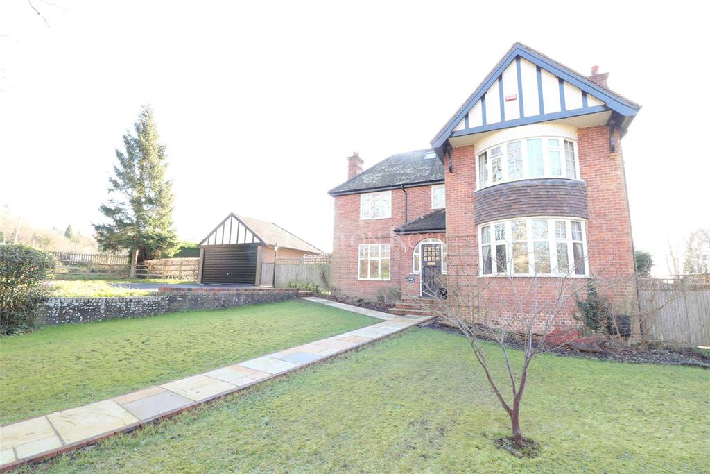 4 Bedrooms Detached House for sale in Mayfield, East Sussex, TN20