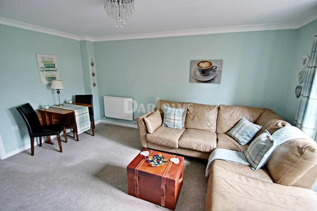 2 Bedrooms Terraced House for sale in Ffordd Brynhyfryd, Old St Mellons, Cardiff