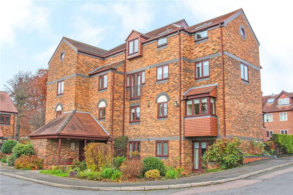 1 Bedroom Retirement Property for sale in Albeny Gate, Belmont Hill, St. Albans, Hertfordshire