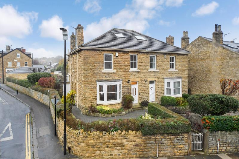 4 Bedrooms Semi Detached House for rent in Westgate, Wetherby, LS22