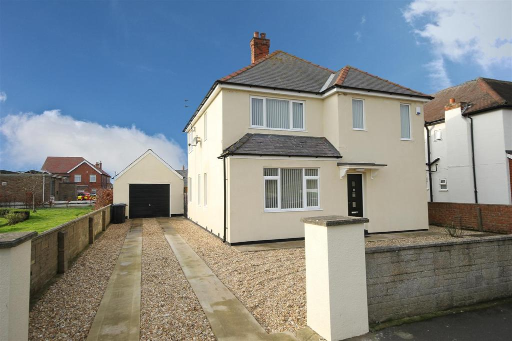 3 Bedrooms Detached House for sale in 24 The Boulevard, Mablethorpe