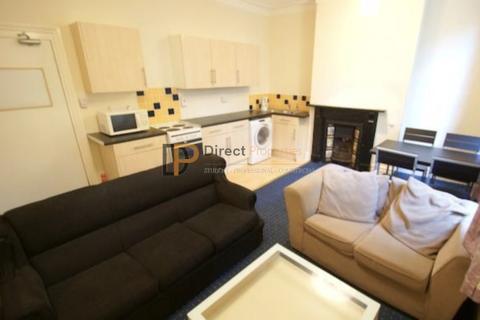 3 bedroom apartment to rent - Regent Park Terrace, HYDE PARK