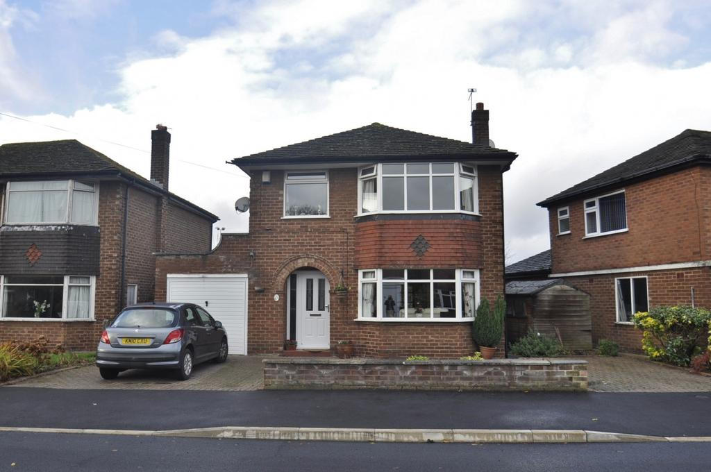 3 Bedrooms Detached House for sale in Vicarage Avenue, Cheadle Hulme,