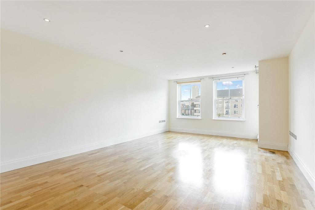 3 Bedrooms Flat for sale in Imperial Crescent, Imperial Wharf, Fulham, London, SW6