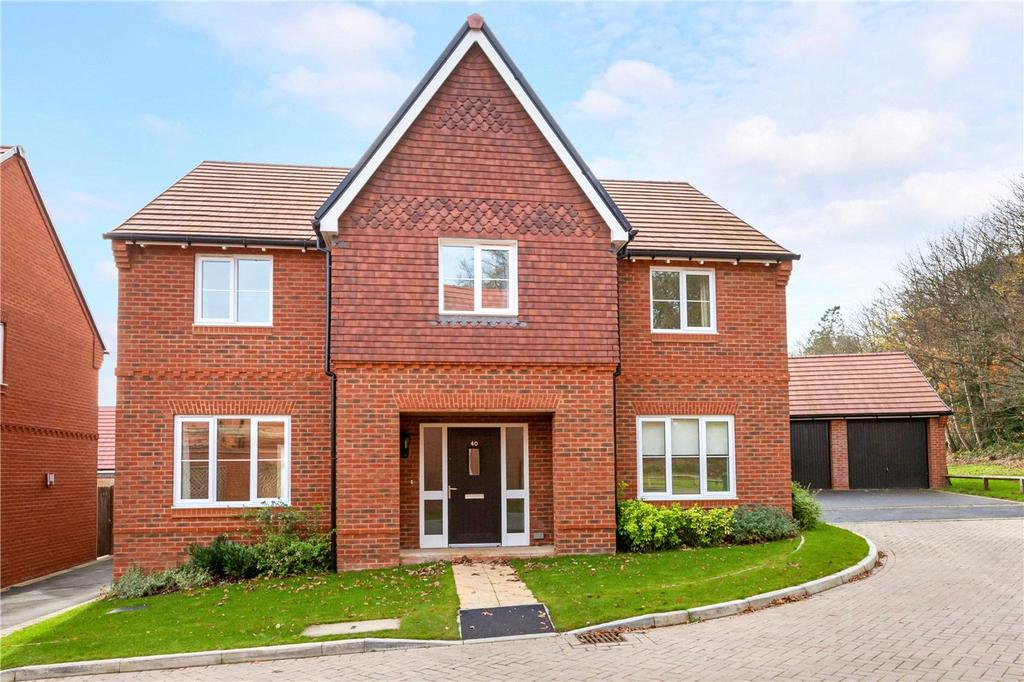 5 Bedrooms Detached House for sale in Meadowbrook, Woolton Hill, Newbury, Hampshire, RG20