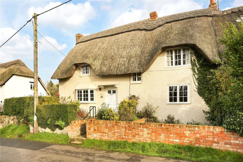 2 Bedrooms Semi Detached House for sale in Badbury, Wiltshire