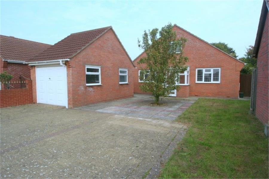 3 Bedrooms Bungalow for sale in Laxton Grove, Great Holland