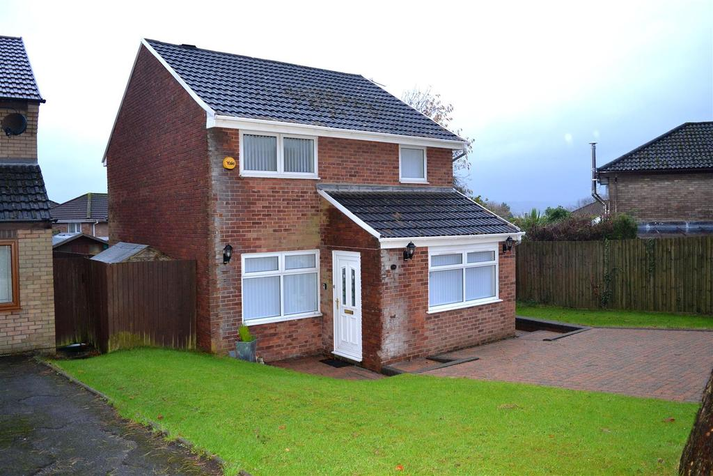 3 Bedrooms Detached House for sale in Glanymor Park, Loughor, Swansea