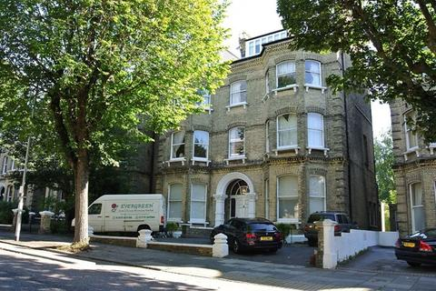 2 bedroom flat to rent - The Drive, Hove BN3 3PD