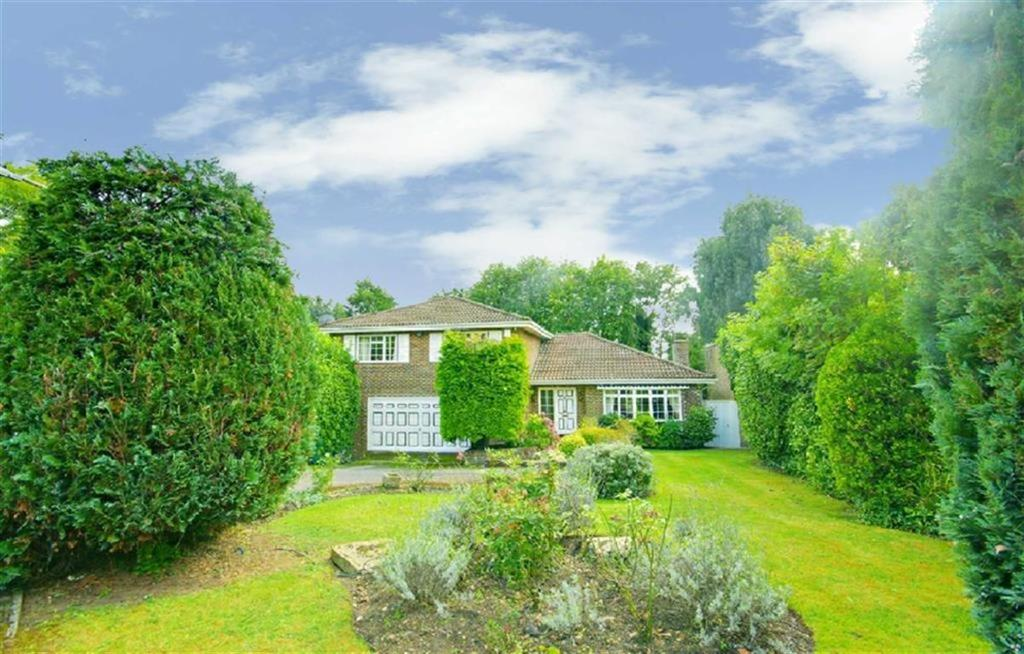 4 Bedrooms Detached House for sale in Hazel Mead, Arkley, Hertfordshire