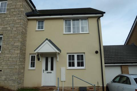 3 bedroom terraced house to rent - Centenary Way, Threemilestone, Truro, TR3