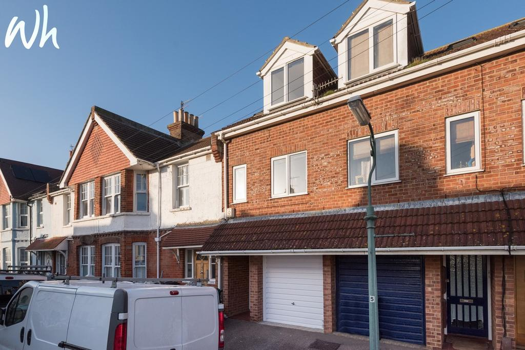 3 Bedrooms Terraced House for sale in Payne Avenue, Hove BN3