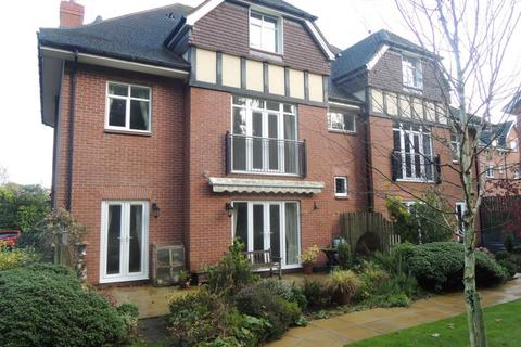 3 bedroom apartment to rent - Badminton House, Chepstow Place, Foley Road East, Streetly, B74 3TL