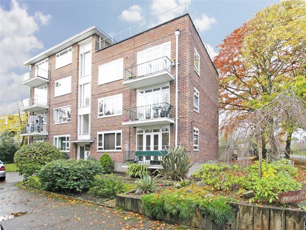 2 Bedrooms Flat for sale in Wickham Road, Beckenham, Kent