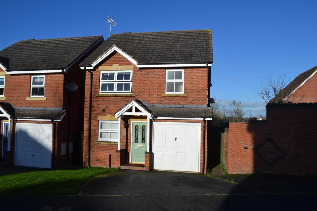 3 Bedrooms Detached House for sale in Godiva Road, Leominster