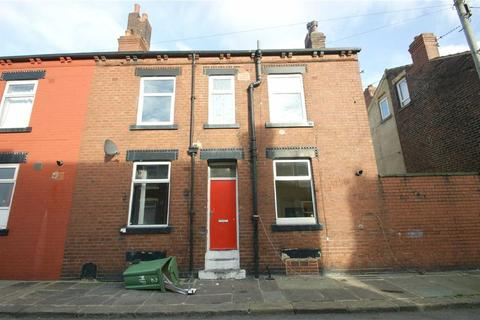 3 bedroom terraced house for sale - Marley Street, LS11