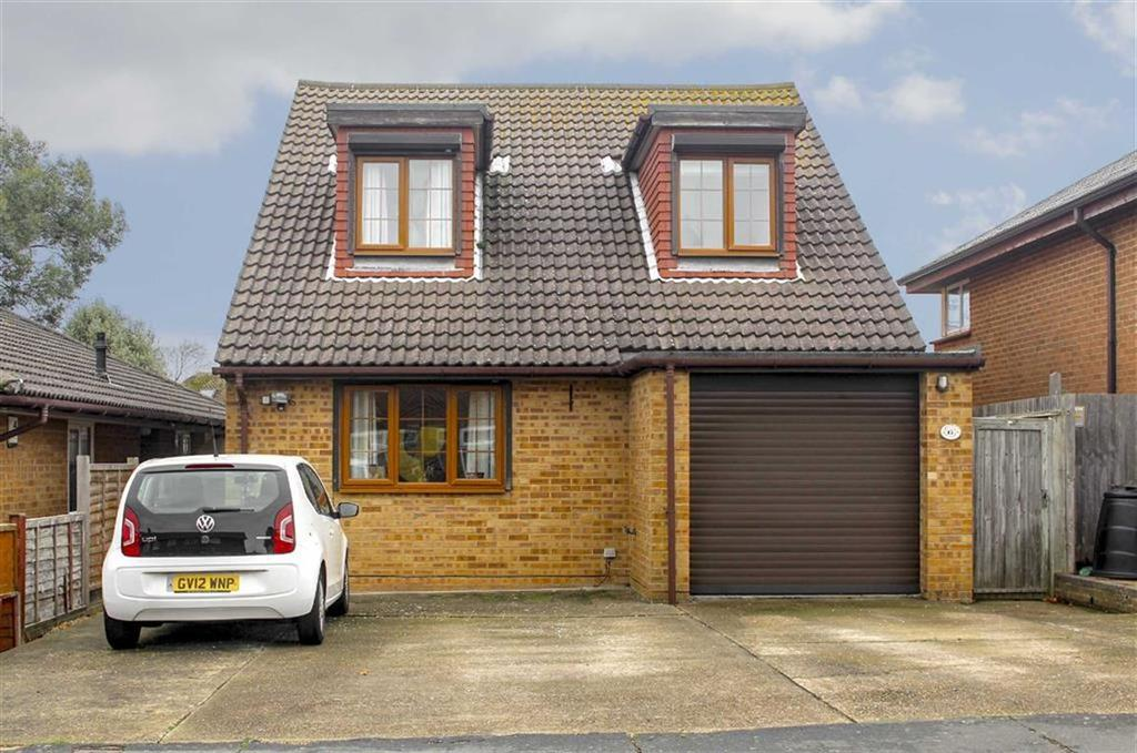 4 Bedrooms Detached House for sale in Millberg Road, Seaford