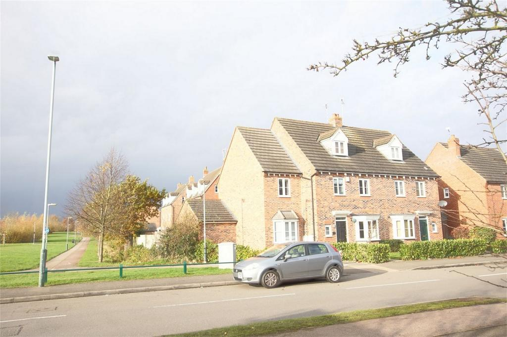 5 Bedrooms Semi Detached House for sale in Othello Avenue, Heathcote, Warwick