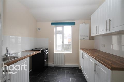 2 bedroom flat - Duncan Road, ME7