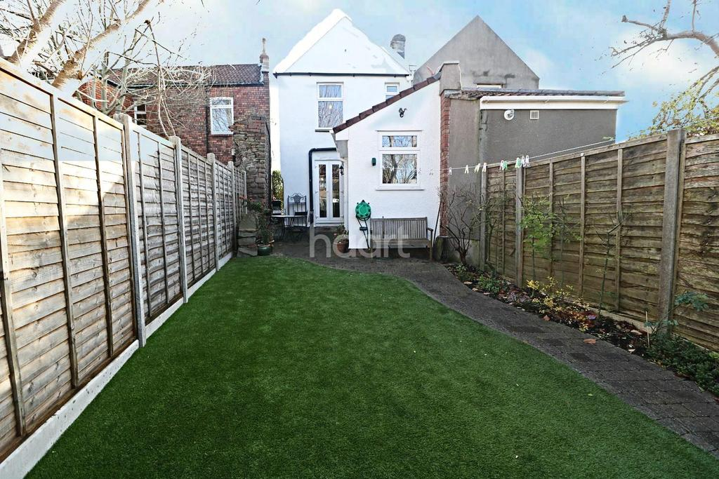 2 Bedrooms Cottage House for sale in Fishponds, Bristol BS16