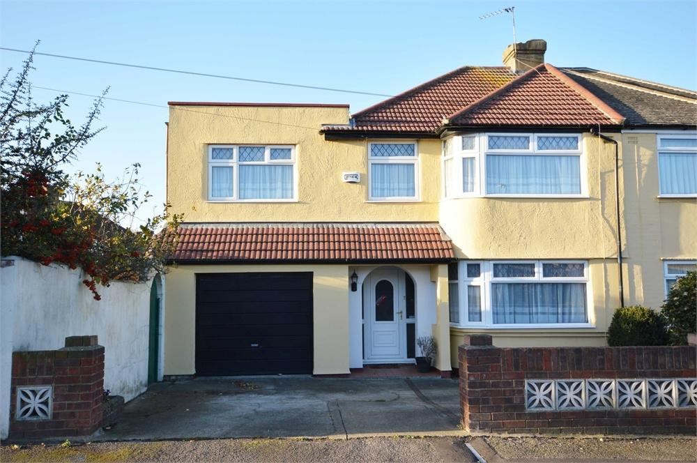 4 Bedrooms Semi Detached House for sale in Heath Road, West Dartford