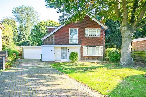 4 bedroom detached house to rent - Shenfield Place, Brentwood