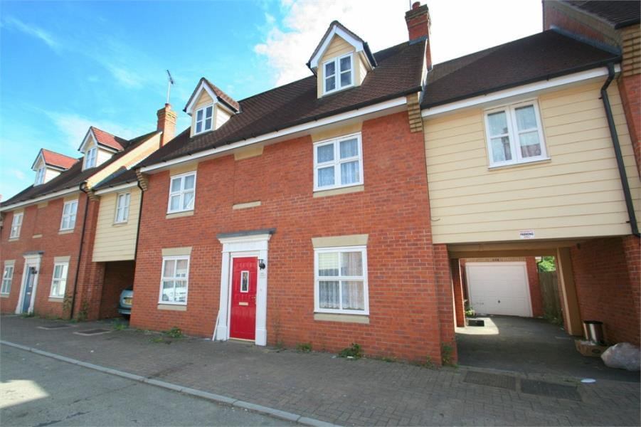 5 Bedrooms House for sale in Hatcher Crescent, Colchester, Essex