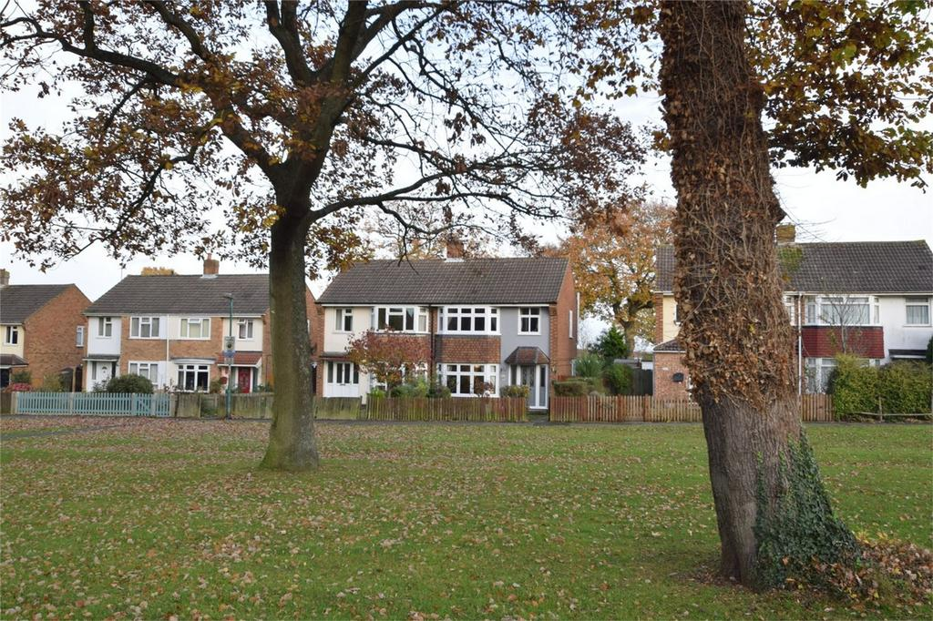 3 Bedrooms Semi Detached House for sale in Lords Wood Lane, Lords Wood, Kent