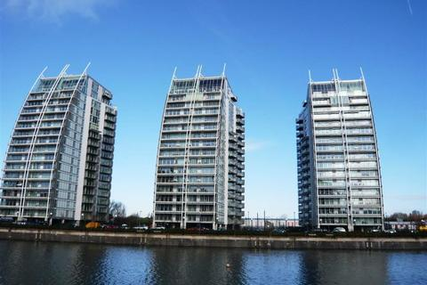 1 bedroom flat to rent - NV Buildings, 96 The Quays, Salford Quays