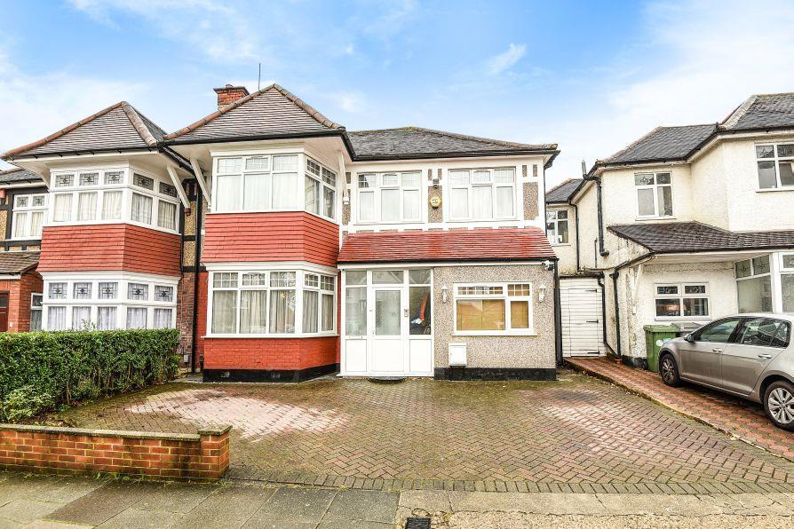 5 Bedrooms Semi Detached House for sale in Sedgecombe Avenue, Kenton HA3 0HN