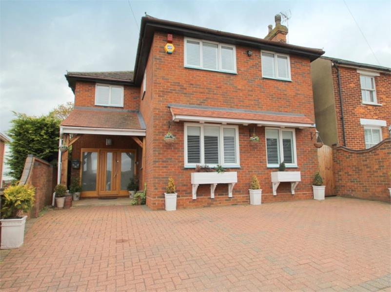 5 Bedrooms Detached House for sale in COLCHESTER, Essex
