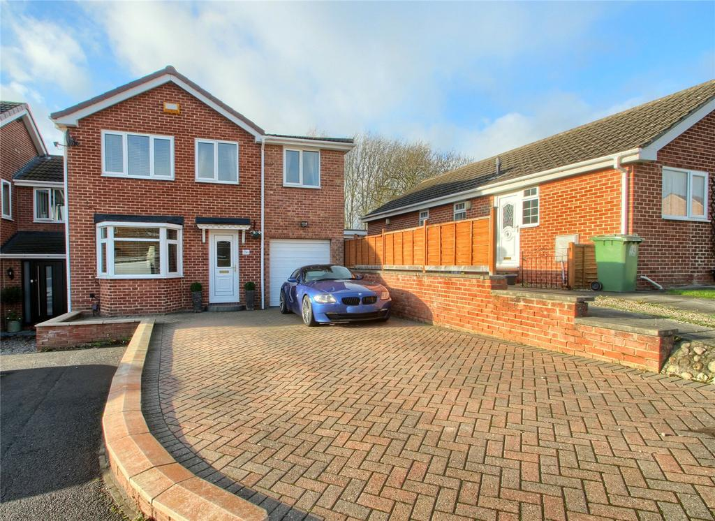 4 Bedrooms Detached House for sale in Hickling Grove, Elm Tree