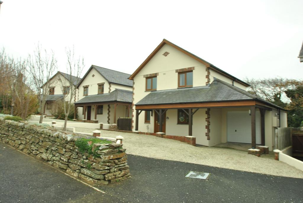 3 Bedrooms Detached House for sale in Stapleton Road, Bude