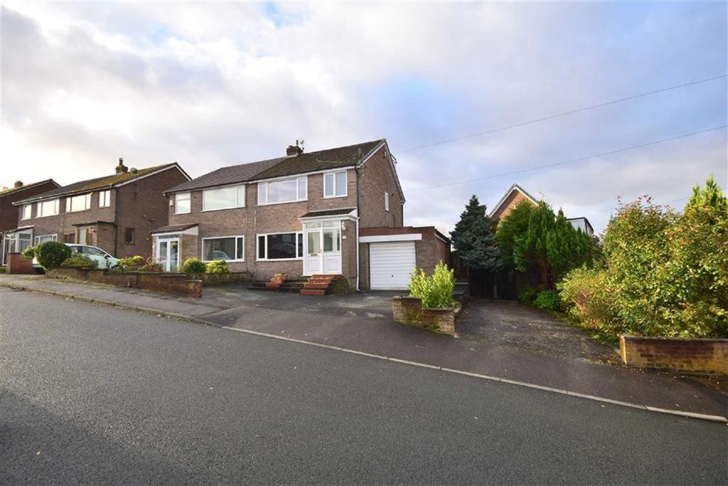 3 Bedrooms Semi Detached House for sale in Somerset Road, Rishton, BB1