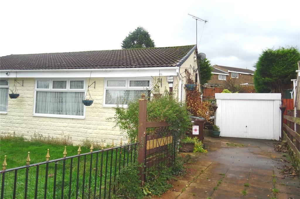 2 Bedrooms Semi Detached Bungalow for sale in Glenrose Drive, Bradford, West Yorkshire, BD7