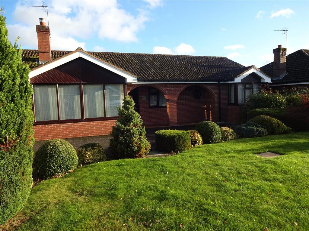 3 Bedrooms Detached Bungalow for rent in Oaks Road, Craven Arms, Shropshire