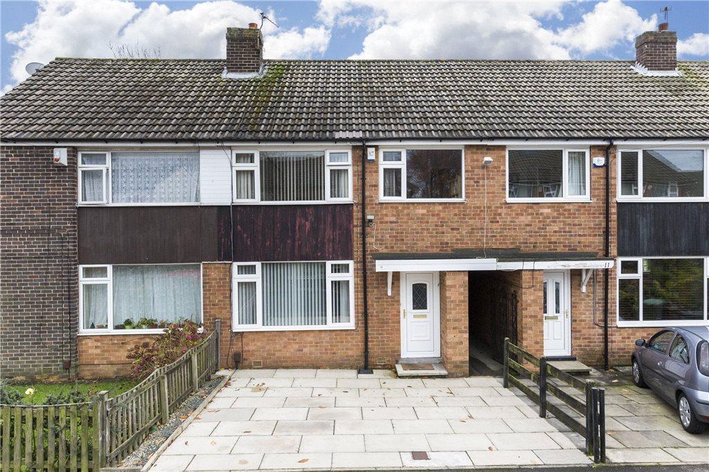 3 Bedrooms Town House for sale in Garth Walk, Moortown, Leeds