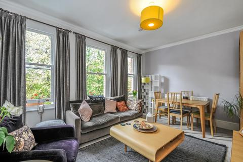 2 bedroom maisonette to rent - Avenue Road, Acton, W3