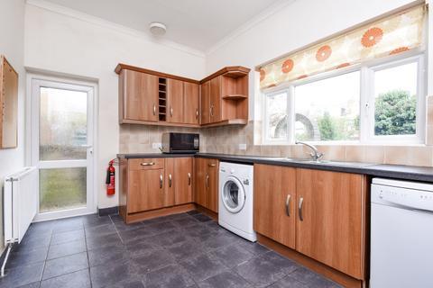 2 bedroom flat to rent - Drakefield Road Balham SW17