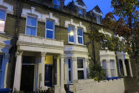 2 bedroom apartment to rent - Southampton Way London SE5