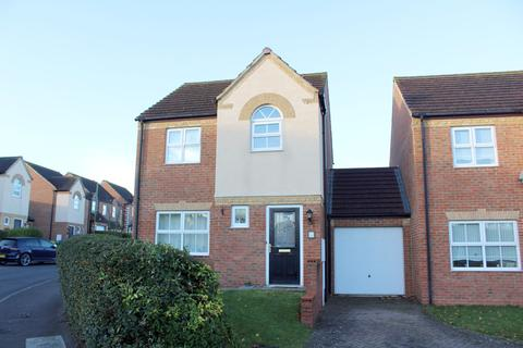 3 bedroom link detached house for sale - Heron Way, Royston