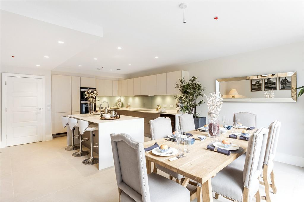5 Bedrooms End Of Terrace House for sale in Bridge Street, Chiswick, London, W4