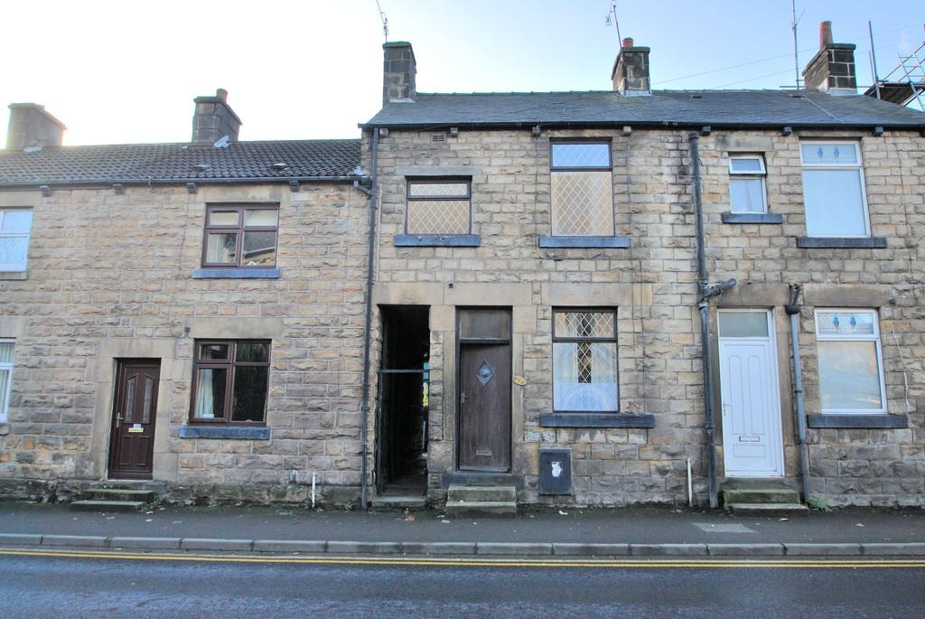 3 Bedrooms Terraced House for sale in Manchester Road Stocksbridge Sheffield