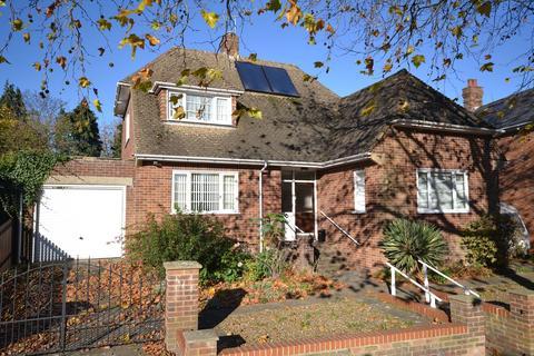 3 bedroom bungalow for sale - Tenterden, TN31
