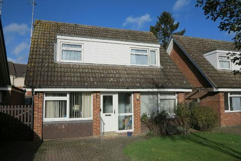 3 bedroom detached house to rent - Askew Drive, Spencers Wood, RG7 1HG