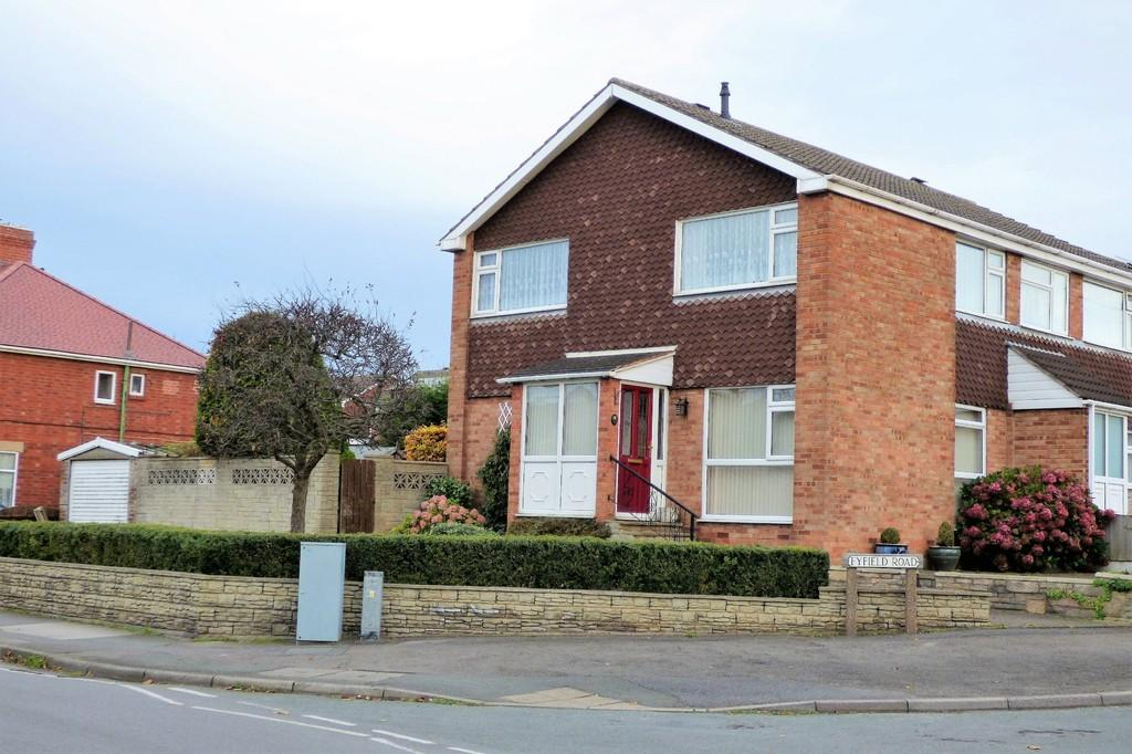 3 Bedrooms Semi Detached House for sale in Fyfield Road, Stapenhill