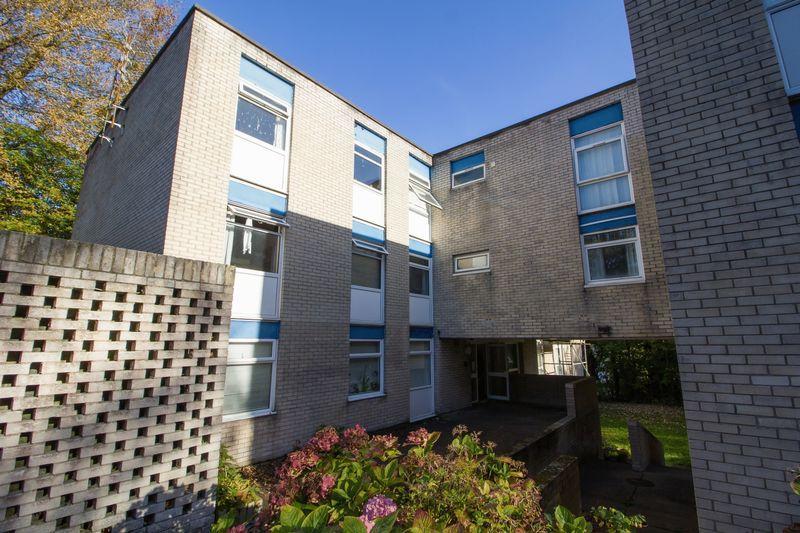 2 Bedrooms Apartment Flat for sale in Cogan Court, Cogan Pill Road,