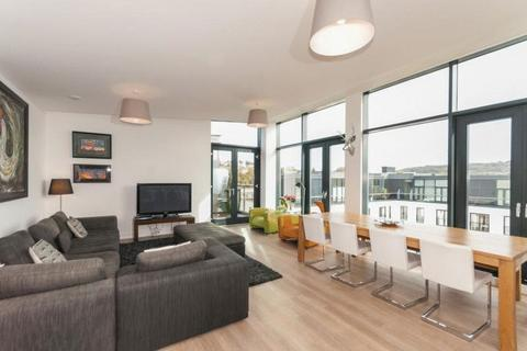 3 bedroom apartment to rent - Penthouse at Highgate, Bath Riverside