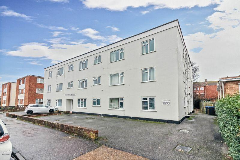 Studio Flat for sale in Bruce Avenue, Worthing